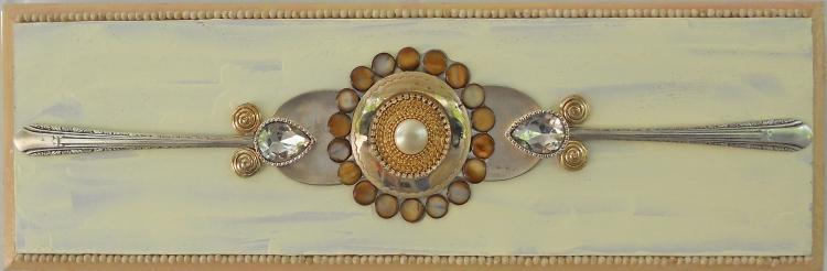 horizontal with beads